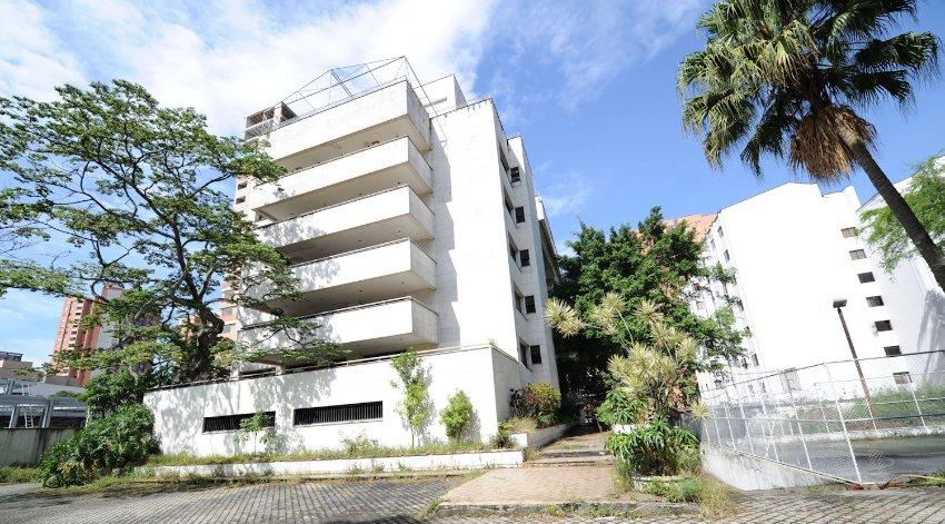 Edificio Monaco: Das Gebäude in Medellín war eine der Machtzentralen Escobars, von hier hat er sein Imperium gesteuert.