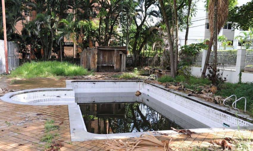 Escobars Schwimmbad: Am Ende soll der Drogenkönig 80 Prozent des internationalen Kokainmarkts kontrolliert haben.